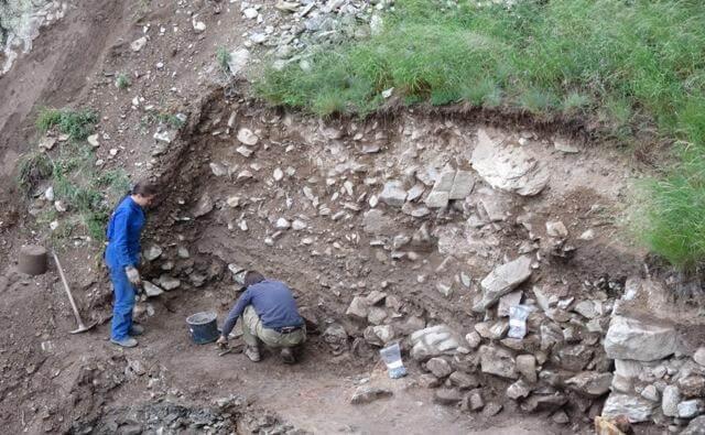 chantier archéologique mercantour france